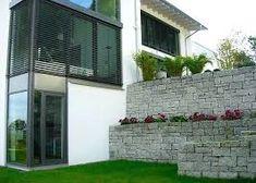 MAUER AUS STEINEN UND GLAS - Google-Suche Garage Doors, Mansions, House Styles, Google, Outdoor Decor, Home Decor, Searching, Corning Glass, Decoration Home