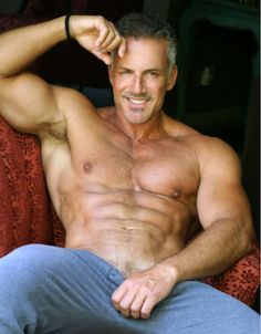 Slightly older handsome man w/ hot muscles. Hot Men, Hot Guys, Fitness Motivation, Sexy Gay Men, Look Man, Silver Foxes, Hommes Sexy, Raining Men, Mature Men