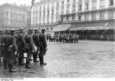 Bordeaux, Platzkonzert der Wehrmacht. Bordeaux, France 1942