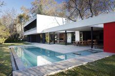 BLLTT House by Enrique Barberis