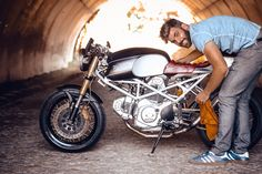 Wind Rose - Ducati Monster Cafe Racer via returnofthecaferacers.com                                                                                                                                                                                 More