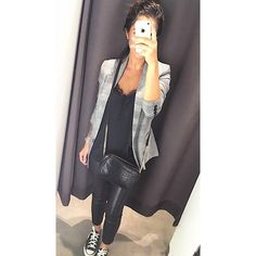 # Ich mag # 43 # - # (@ just_him . Audrey Hepburn, Fall Outfits, Fashion Outfits, Womens Fashion, Black Korean, Look Blazer, Vogue, Casual Chic Style, Winter Dresses