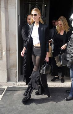 Karlie Kloss in sunglasses #sunglasses #shades #fashion #streetstyle