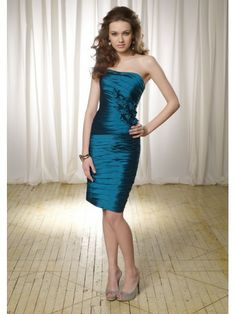 Taffeta Strapless Ruched Bodice Knee-length Bridesmaid Dress