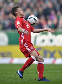 Joshua Kimmich of Muenchen in action during the Bundesliga match between Werder Bremen and Bayern Muenchen at Weserstadion on January 28, 2017 in Bremen, Germany.