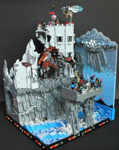 Lego castle with weather! Links to Bb which links to builder's page