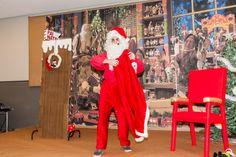 Santa's red suit// o fato vermelho do pai natal