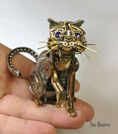 ♡♡♡ This kitty is made from old watch pieces. By artist Sue Beatrice! 20 September 2015 ♡♡♡