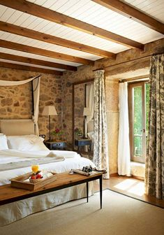 Elegant Italian Home Design Ideas. If you are looking for Italian Home Design Ideas, You come to the right place. Here are the Italian Home Rustic Italian Decor, Italian Home Decor, Mediterranean Home Decor, Rustic Chic, Rustic Farmhouse, Farmhouse Style, Italian Interior Design, Shabby Chic, Rustic Decor