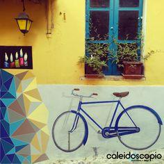 L'architettura è paragonabile ad una bicicletta: trascrizione dell'equilibrio in energia, esaltazione dello slancio, immagine visibile del vento #bicycle #windows #kaleidoscope #colorsandshadows #architecturerome ... about yesterday ...