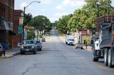 Main Street - Eldon, IA