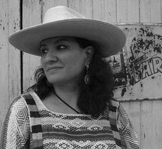 Sandra+Cisneros+--+a+leading+American+chicana+writer