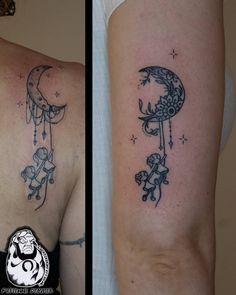 Zussen tattoo. Thanks dames! Charm Tattoo, Lucky Charm, Dream Catcher, Tattoos, Dream Catchers, Tatuajes, Tattoo, Japanese Tattoos, A Tattoo
