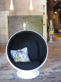 Finnish Design Shop Helsinki Bubble Chair, Material World, Scandi Style, Design Shop, Helsinki, Scandinavian Design, Finland, Decorating Your Home, Beautiful Things