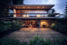 Contemporary house by José Juan Rivera Río 01