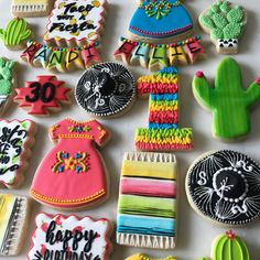 Fiesta set for a mom and daughter who share the same birthday. I got inspiration from so many people including for the sombrero, for the taco background, and for the serape blanket. Such a bright, fun set. Mexican Birthday Parties, Mexican Fiesta Party, Fiesta Theme Party, Taco Party, Fiesta Cake, Mexican Cookies, Mexican Desserts, Mexican Party Decorations, Biscotti