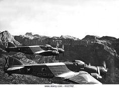 -The hunchback Fucking the Regia Aeronautica during World War II Ww2 Aircraft, Military Aircraft, Italian Air Force, Afrika Korps, British Government, Ww2 Planes, War Machine, World War Ii, Wwii