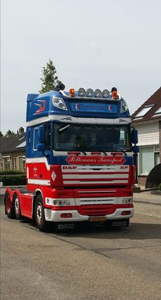 Show Trucks, Sale Promotion, Buses, Cars, Style, Tractor, Trucks, Swag, Autos