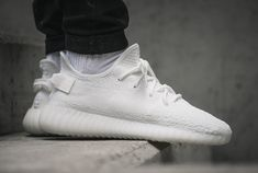 "adidas Yeezy Boost 350 V2 ""Cream White"" - http://www.soleracks.com/adidas-yeezy-boost-350-v2-cream-white/"