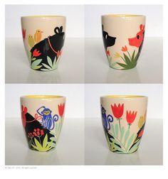 Glazed earthenware cup (yellow interior) H. 8,3 cm diam. 7,5