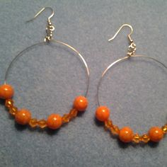 Orange beaded hoop earrings on memory wire | LOVE33 - Jewelry on ArtFire