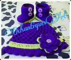 purple greeny baby hat n shoes