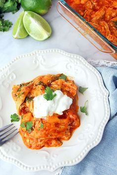 Fabulous Keto Dinner Recipes Low Carb Chicken Enchilada Casserole – easy and delish way to enjoy enchiladas on a low carb or keto diet. It's based off the America's Test Kitchen Chicken Enchiladas so you know it's good! Ketogenic Recipes, Low Carb Recipes, Diet Recipes, Chicken Recipes, Healthy Recipes, Keto Chicken, Mexican Chicken, Recipes Dinner, Mexican Lasagna