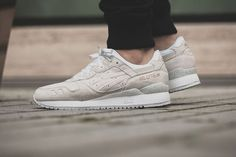 asics dusty rose