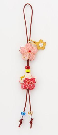 【埼玉・川越氷川神社】色と柄が選べる「さくらさく守り」