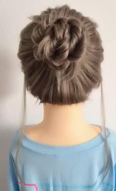 Hair Up Styles, Medium Hair Styles, Bun Hairstyles For Long Hair, Daily Hairstyles, Buns Hairstyles Tutorials, Hairstyles For Working Out, Simple Hair Updos, Little Girl Wedding Hairstyles, Easy Hairstyles For Short Hair