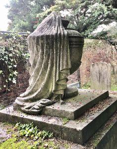 In Memorium, Angel Statues, Fountain, Garden Sculpture, Outdoor Decor, Pictures, Photography, Photos, Photograph