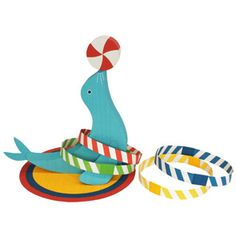 Free to print: Sea Lion Papercraft Ring Toss Toy!  Cute!  Great for kids or a circus / zoo party :)