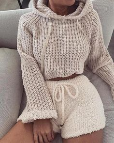 36 comfortable winter outfits ideas to inspire you 8 Chill Outfits, Mode Outfits, Trendy Outfits, Fashion Outfits, Womens Fashion, Cute Lounge Outfits, Becky G Outfits, Fashion Movies, Dance Outfits