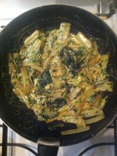Chard sautéed with garlic and cream Marmiton cooking recipe: a Crockpot Recipes For Kids, Easy Drink Recipes, Diner Recipes, Lunch Recipes, Vegetable Recipes, Meat Recipes, Healthy Dinner Recipes, Vegetarian Recipes, Chicken Recipes
