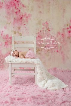 @Katey Pearson. Little Girl- Stunning newborn photo