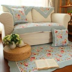 A set with floral pattern with rug, covers and much more. For sofa, living zone, bedroom, kids room, nursery, foyer and other. Try it and enjoy pretty colors.