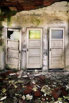 i'll take door #2