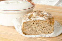 Chleb na zakwasie z prażoną cebulką. Prosta receptura, naturalne składniki, do samodzielnego wypieczenia w domu. Piękny zapach i smak.