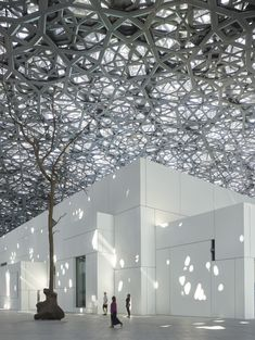 Jean Nouvel's Louvre Abu Dhabi Opens To The Public Following a Decade in Development