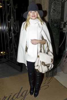 Kristen Bell's Winter White Cape