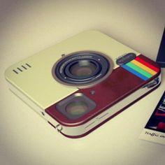 A super slim instant digital camera . Like a Polaroid for the new age Logo Instagram, Instagram Tips, Instagram Mobile, Facebook Instagram, Instagram Accounts, Instagram Fashion, Application Instagram, Instant Digital Camera, Product Design