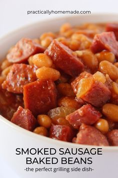 Good Baked Beans Recipe, Pork And Beans Recipe, Easy Baked Beans, Baked Bean Recipes, Sausage Recipes, Beef Recipes, Smoker Recipes, Cooking Recipes, Grilled Side Dishes