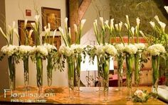Tall centerpieces with hydrangea and tall calla lilies by floralisa.com