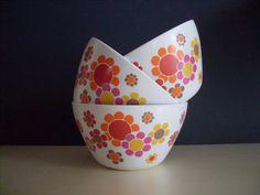 vintage french bowls france//retro//kitchenware// kitchen//home decor//shabby chic