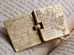 Vintage Storytime Book Brooch, opens and closes, adorable!