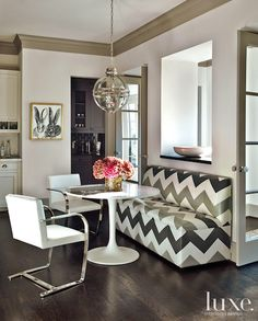 Nice modern fabric and banquette  View: Hunt Slonem and Peter Tunney - Luxe Blog