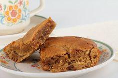 Oohey-Gooey Peanut Butter Chunk Peanut Butter Cookie Bars