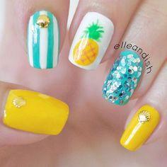 Easy Summer Pineapple Nails ~ Such a cute look! # nails # Nail designs Source by Tropical Nail Designs, Tropical Nail Art, Pineapple Nails, Pineapple Nail Design, Beach Nails, Hawaii Nails, Florida Nails, Trendy Nail Art, Nagel Gel