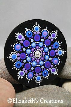 Mandala Art - Mandala - P Dot Art Painting, Rock Painting Designs, Pebble Painting, Painting Patterns, Pebble Art, Stone Painting, Mandala Art, Mandala Painting, Mandala Design
