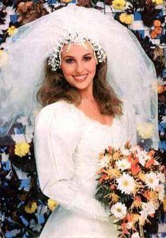30 Years of Luke And Laura. Wedding Vows, Wedding Couples, Wedding Dresses, Saunas, Tango, Laura Spencer, Genie Francis, Luke And Laura, Wedding Movies